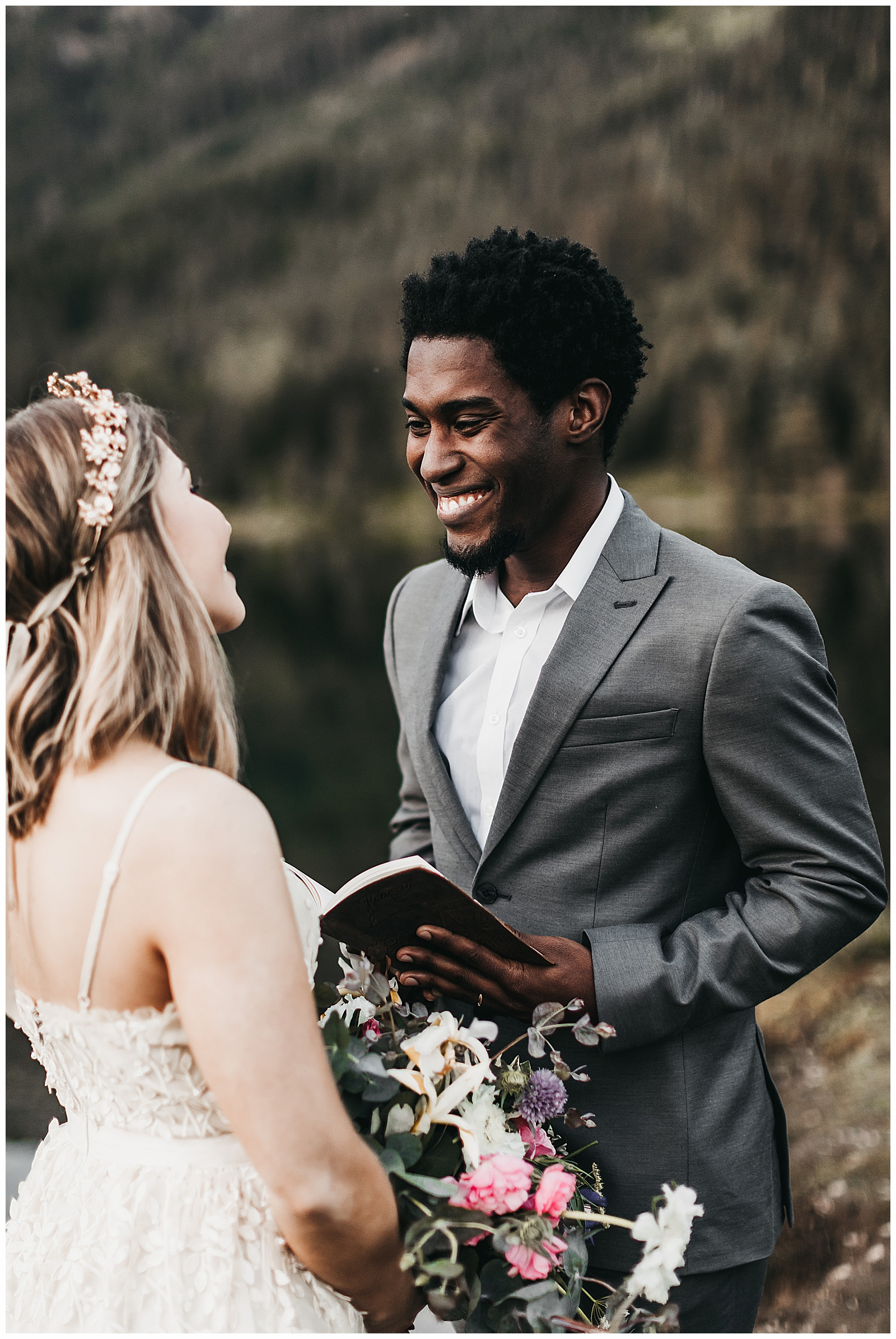 seattle-wedding-photographer-seattle-elopement-photographer-anniezav_0049.jpg