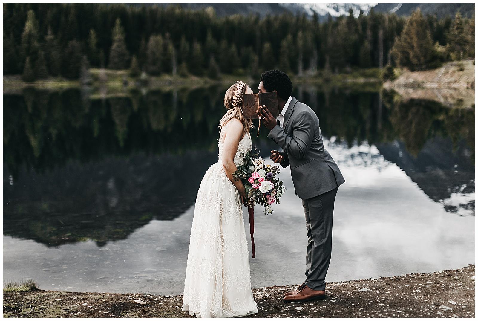 seattle-wedding-photographer-seattle-elopement-photographer-anniezav_0052.jpg