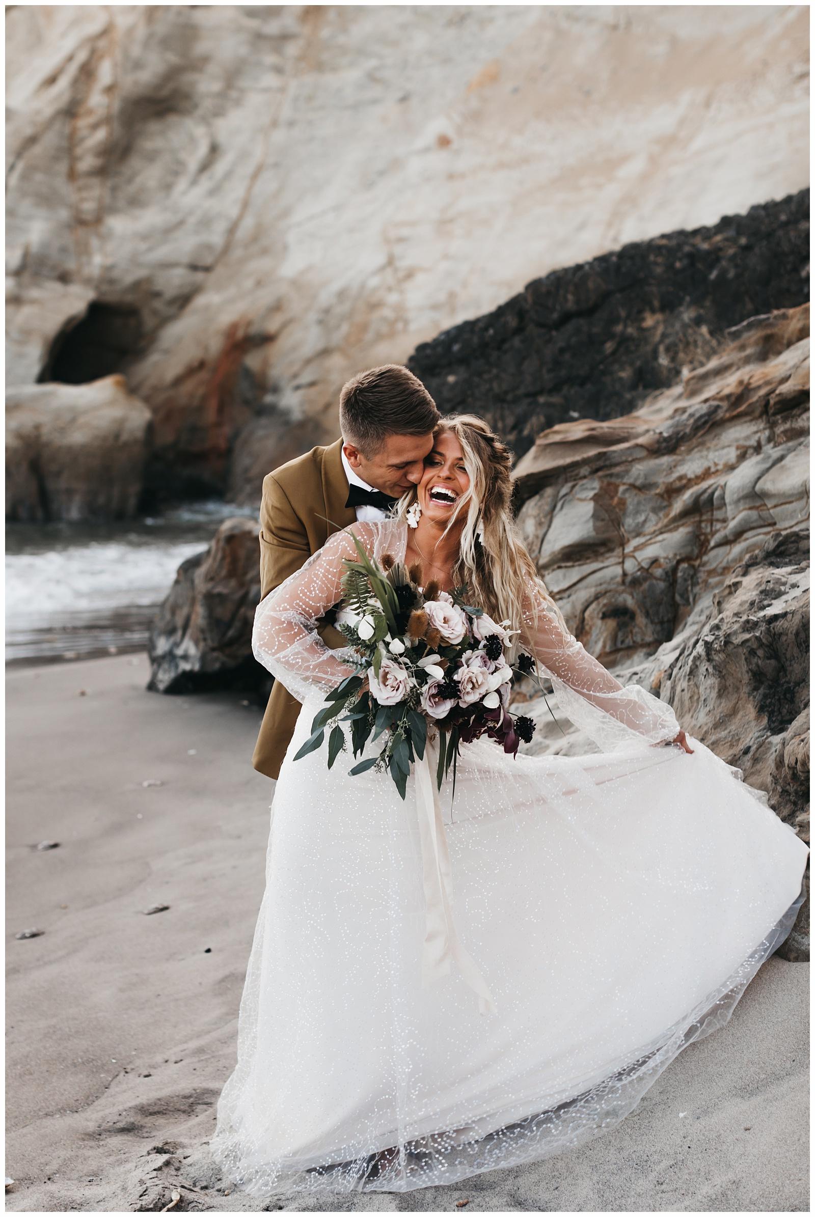 portland-wedding-photographer-pacific-city-elopement-photographer-anniezav_0013.jpg