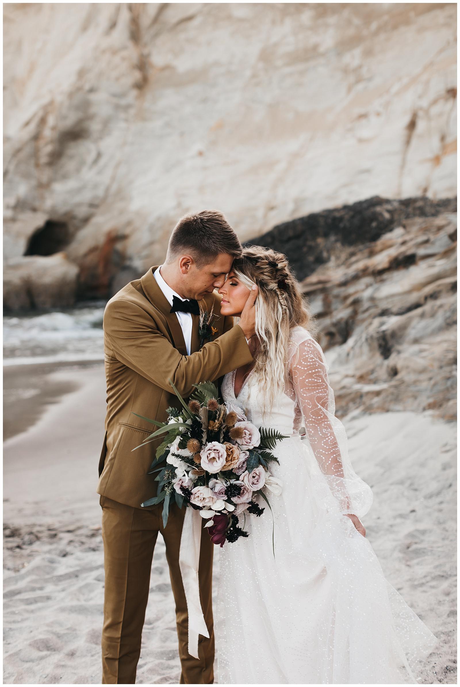 portland-wedding-photographer-pacific-city-elopement-photographer-anniezav_0016.jpg
