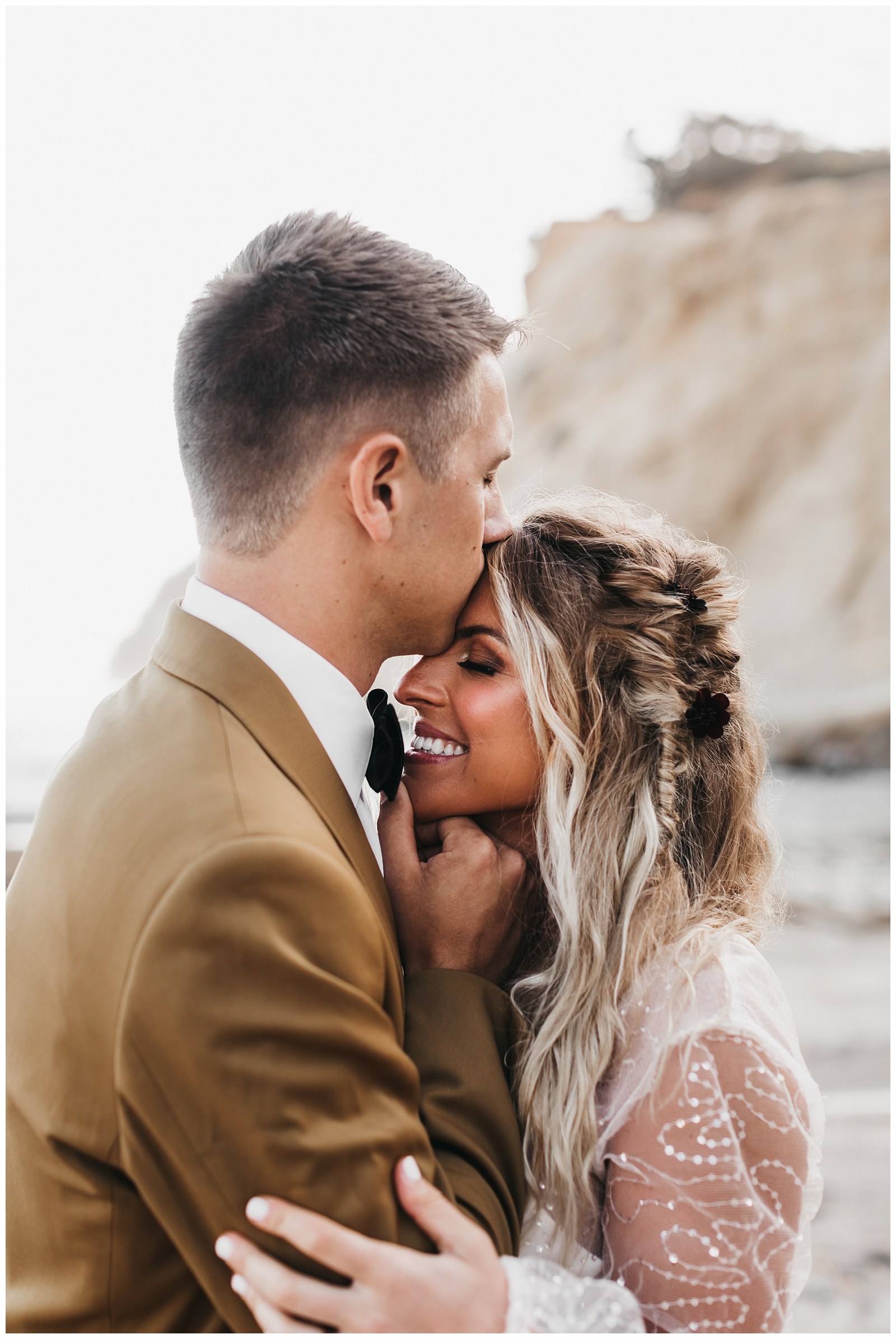 portland-wedding-photographer-pacific-city-elopement-photographer-anniezav_0029.jpg