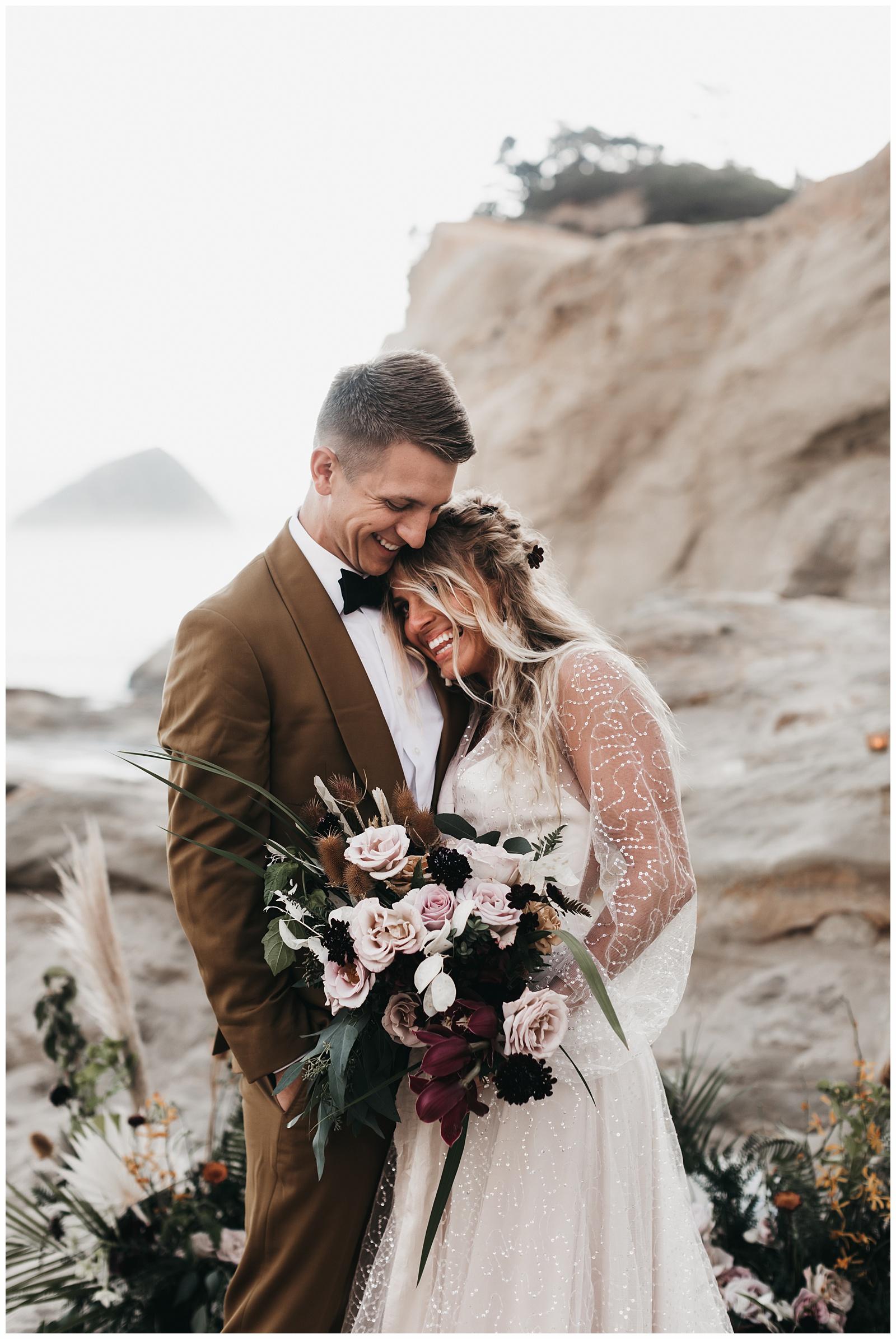 portland-wedding-photographer-pacific-city-elopement-photographer-anniezav_0037.jpg