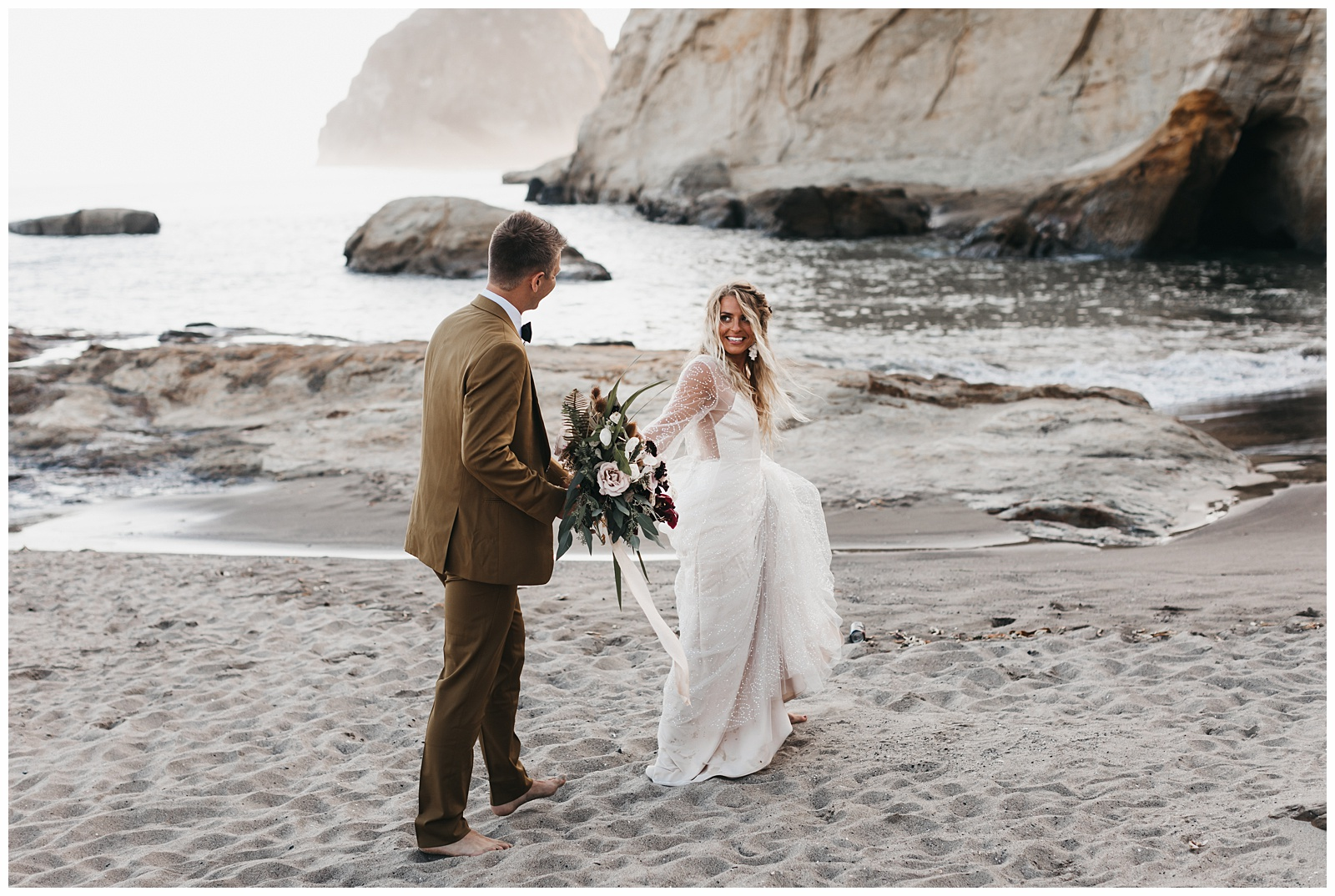 portland-wedding-photographer-pacific-city-elopement-photographer-anniezav_0060.jpg