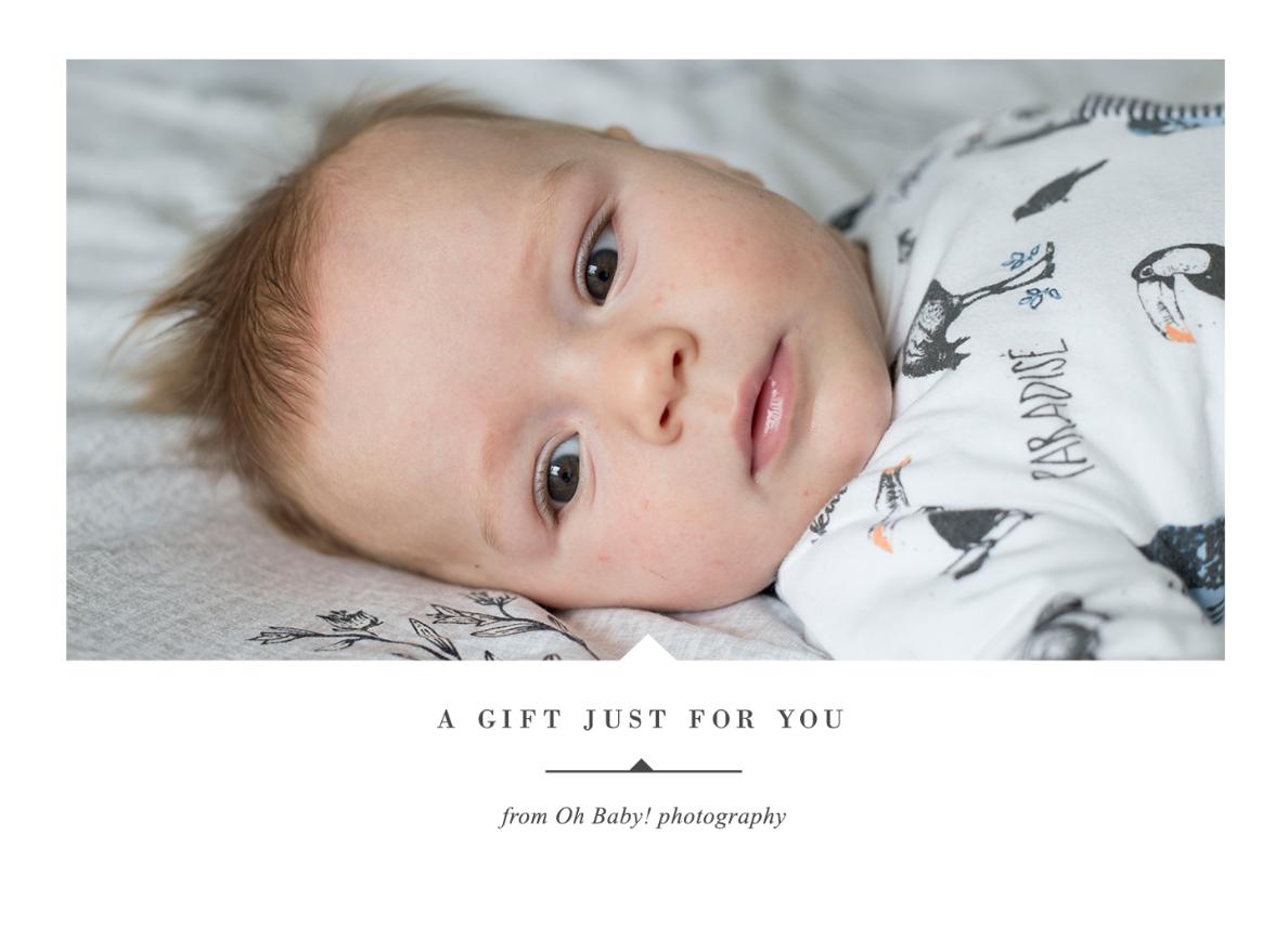 Wil je een fotoshoot cadeau doen? - Wil jij iemand gelukkig maken met een zwangerschapsfotoshoot, newborn / babyshoot of familiesessie? Bijvoorbeeld als kraamcadeau of gewoon 'zomaar', omdat deze persoon jou zo dierbaar is? Je kunt bij mij ook terecht voor persoonlijke giftcards, feestelijk verpakt en naar jou toegestuurd. Meer weten? Lees er hier meer over.