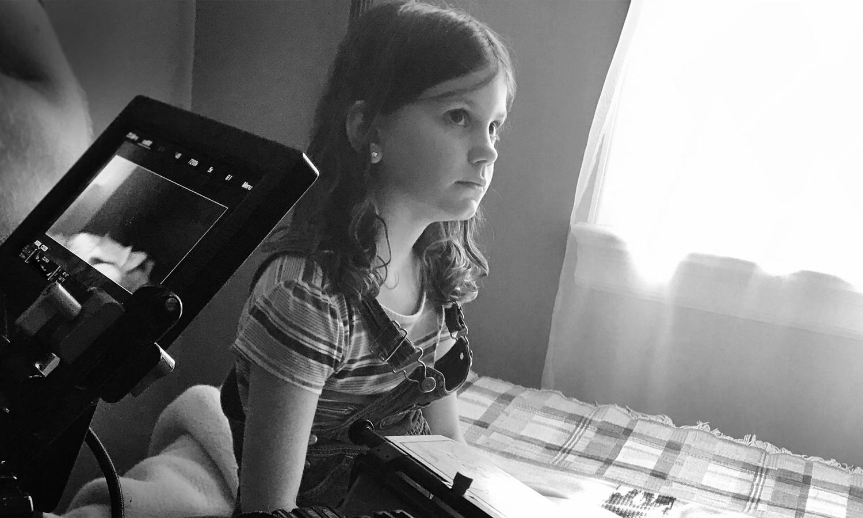 CORA METZFIELD - LILY