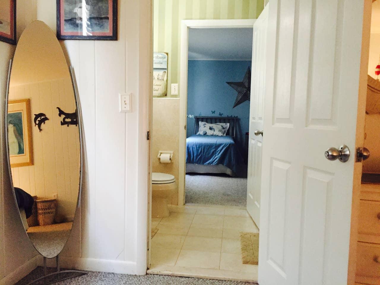 shabby chic beachhouse shared bathroom.jpg