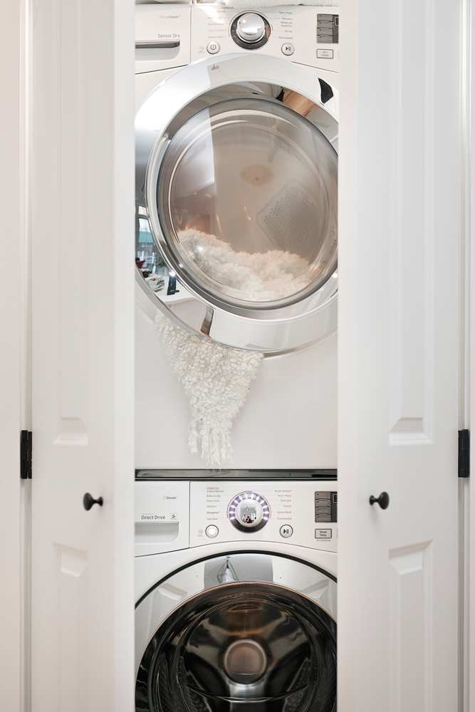 BOCSH washer and Dryer -