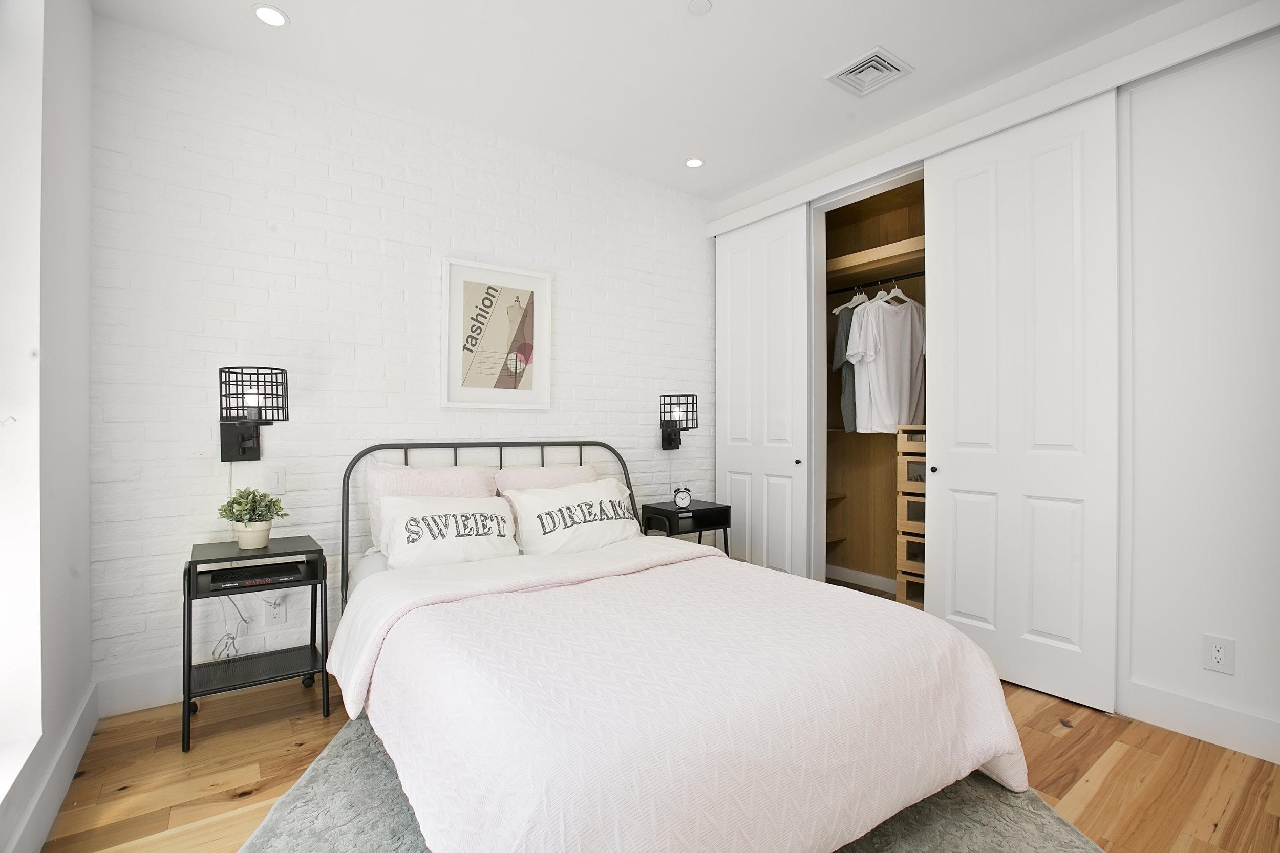 2A bed.closet.jpg