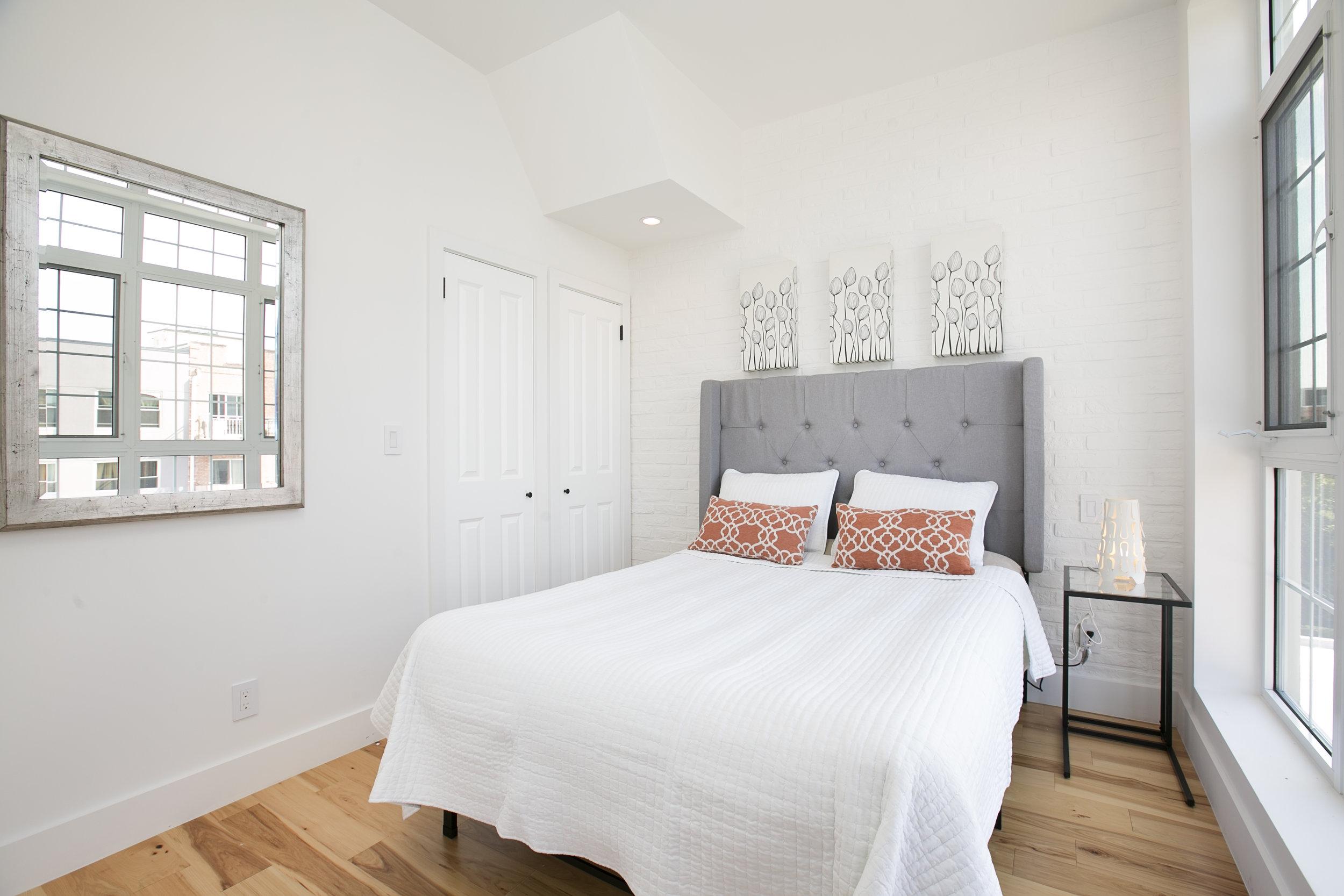 4B bed1.jpg