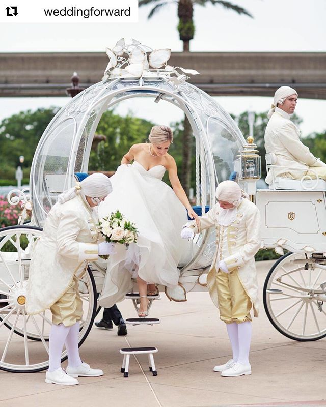 dream wedding🙌 WILL fly to disney world to DJ your wedding🧚‍♀️ . . . #disneyworld #wedding #weddingdj #eventplanner #events #austin #atx #texas  #dreams #wheredreamscometrue