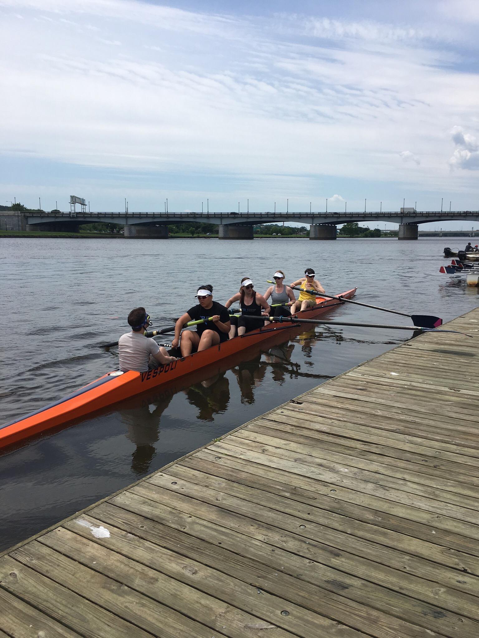 DC 2017 Women's boat.jpg