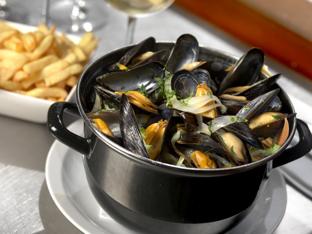 Le Grenier Best French Restaurant In Dc