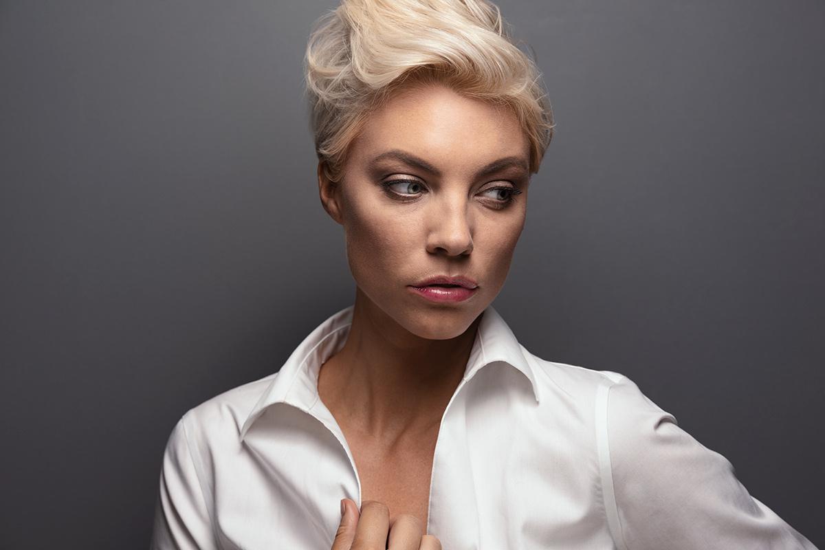 Sisse-Marie-dramatic-portrait-white-blouse.jpg