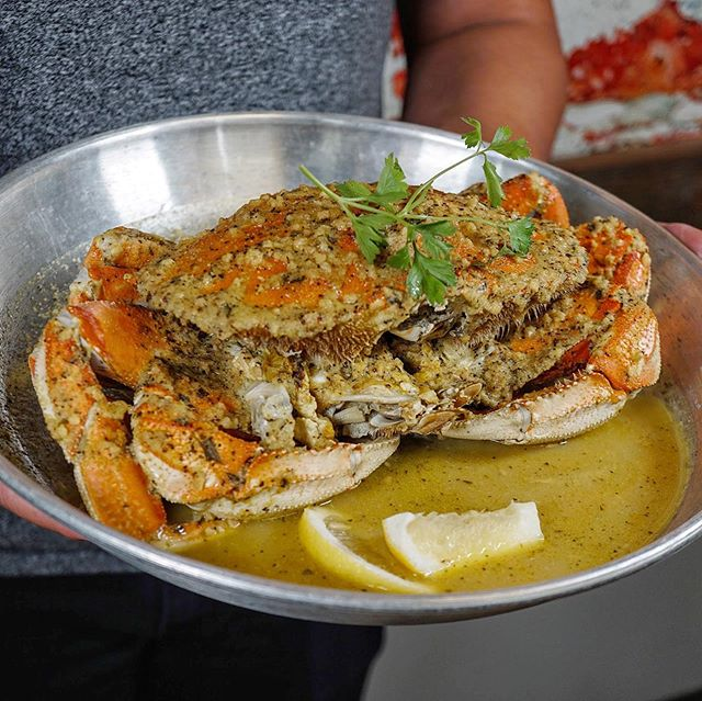  How much salt does a crab like to have? Just a pinch 🤣. Go peep out @seafoodboiler for awesome seafood and delicious crab. This is their crab with lemon pepper sauce 🤤.  💁♂️💁♀️ 5/5⭐️ on service. I have only gone during lunch time and so far the service has been top notch. They're not too busy during lunch. Haven't peep them out during dinner yet.  😋 4.5/5⭐️ on food. Their crab and seafood boiler platter are amazing! I haven't tried everything else yet, but am looking forward to trying them out during dinner times.  📍 1670 Hamner Ave Ste 9 Norco, CA 92860  💰 $10-$25