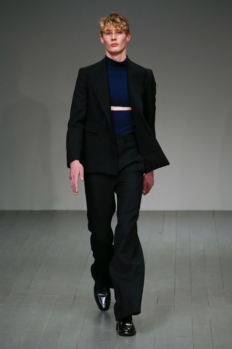 AW18  Look 1