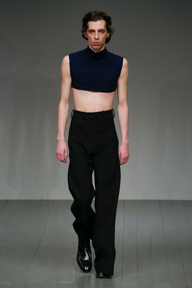 AW18  Look 2