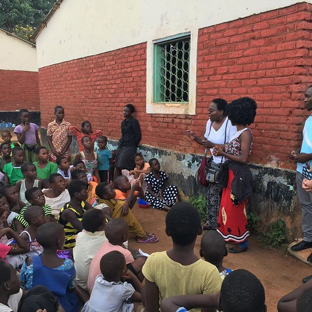 Wanda singing with #childrenofthenations at their care point in Mtsilitza