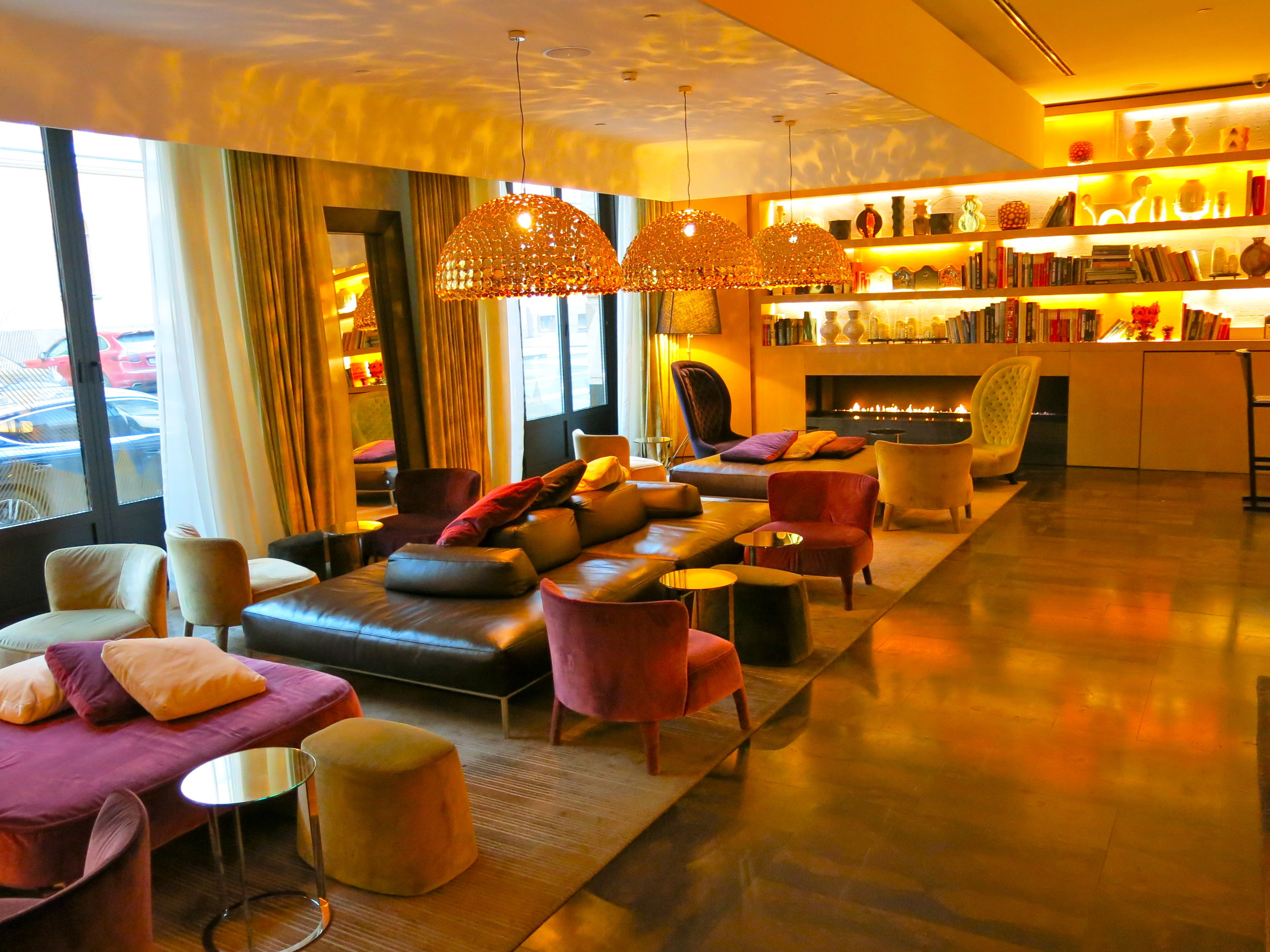The lobby of the SO Sofitel hotel makes you feel welcomed