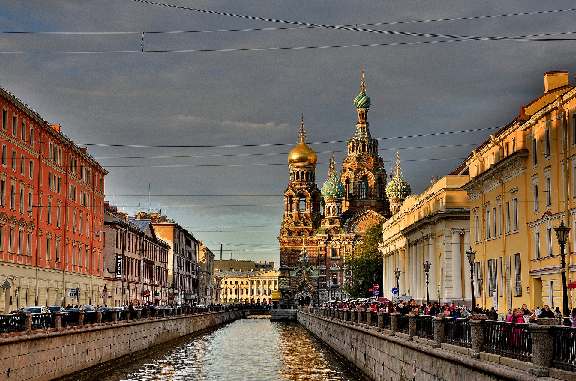 Picturesque view of the church next to the Griboedov canal