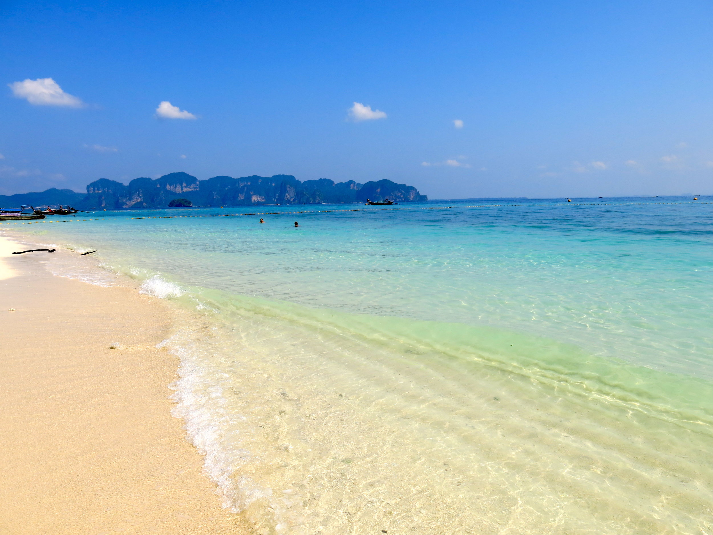 A sandy beach of Koh Poda without the crowds