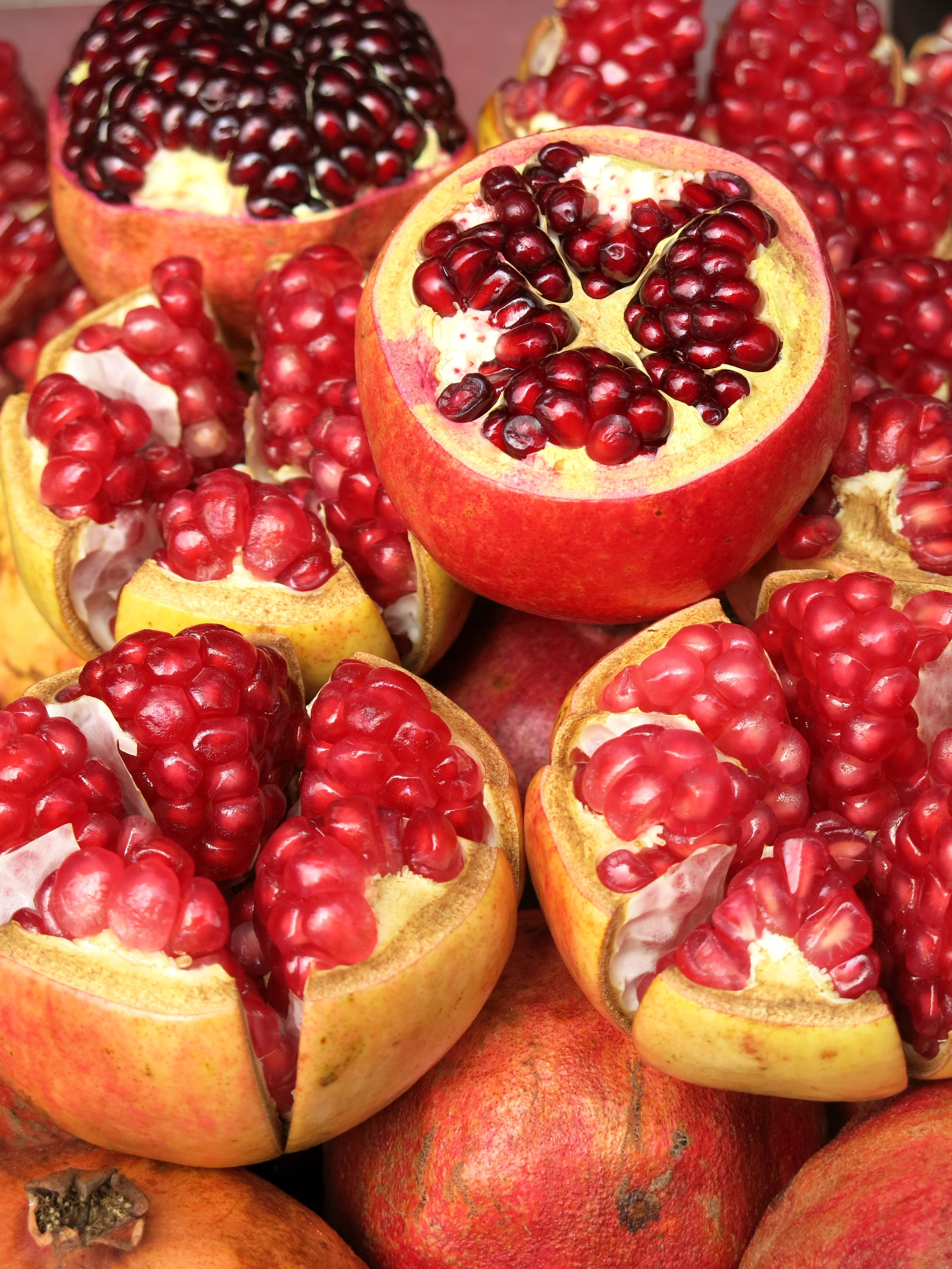Pomegranates are used to make fresh juices