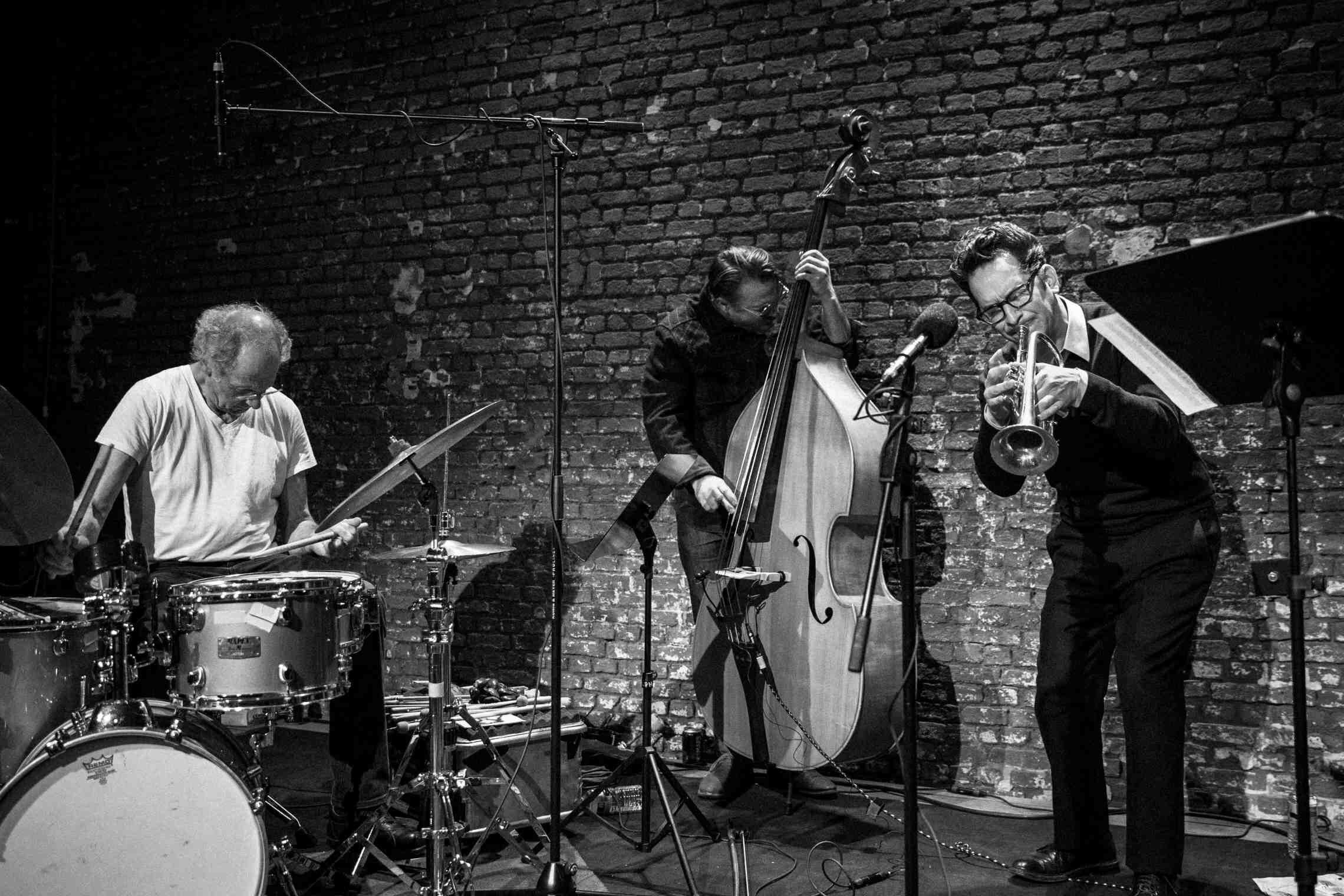 Paul Lytton, Jason Roebke & Josh Berman (photo: Geert Vandepoele)