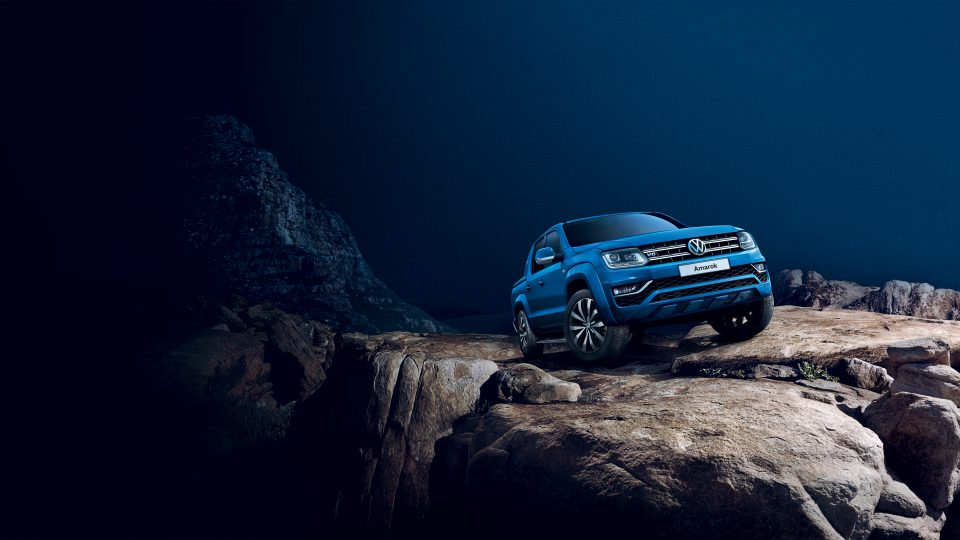 Volkswagon Amarok Blue Off Road