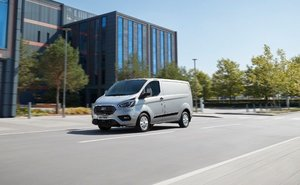 Ford Transit Custom MCE Silver Side View