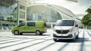 Renault Trafic Silver and Green