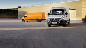 Renault Master Silver and Orange