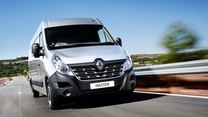 Renault Master Silver Front