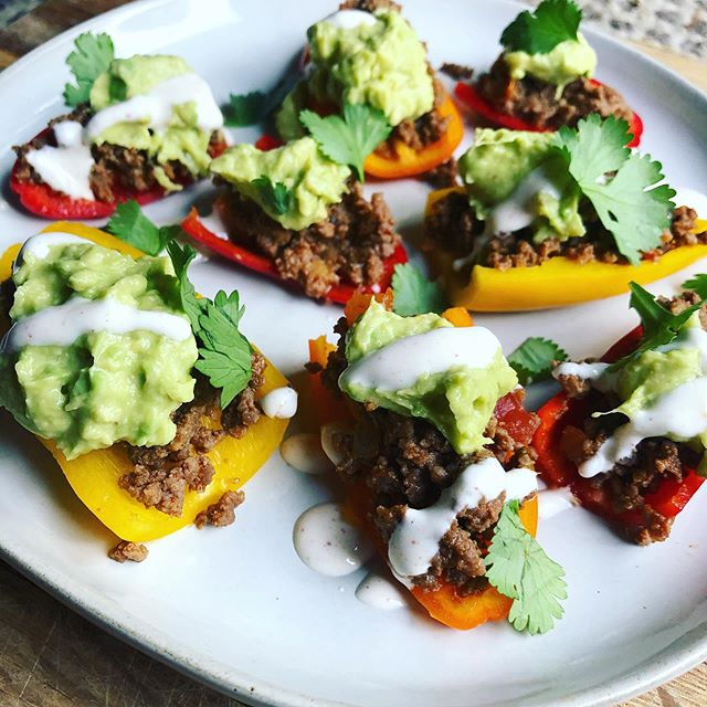 Even as an NTP I find myself lacking in the veggie department sometimes and have to be intentional to get more colors on my plate. When I'm not really feeling it, something taco-inspired is my go-to! And it's usually a crowd-pleaser too. These mini bell peppers topped with taco meat, guac, seasoned sour cream, and pico post-picture 🥑🌶🌮 did the trick for dinner last night and all the ingredients were repurposed in a salad today. Mini peppers would also make for a great lunch and can be made a lot easier by combining all the toppings and scooping with peppers as you go. Won't be as pretty but equally tasty. 👌🏻 • You don't need to force yourself to eat healthy foods you don't like if you can find meals you love that just need a little veggie-heavy twist! Message me if you need some ideas 💡