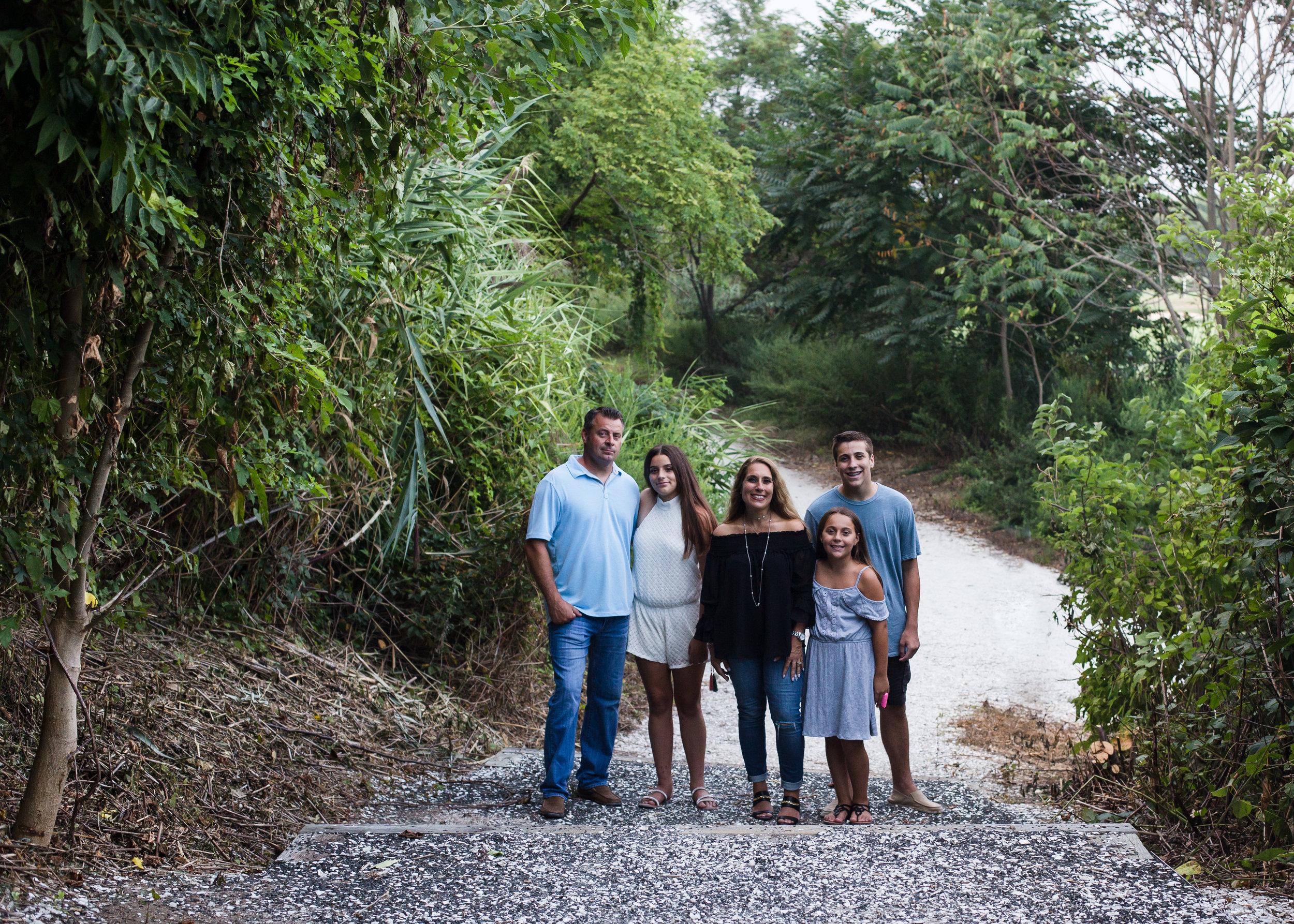 lindsaynolanphoto.com family photography norman levy preserve merrick ny