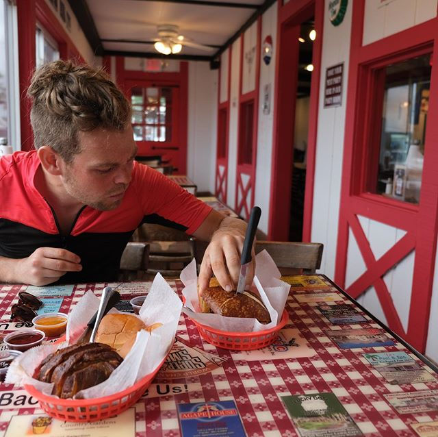 While cycling the Route 66 we came across a little smokehouse in Eureka, Missouri, and got stuck in on a smoked rib sandwich and something called a DGS ball, which was essentially the multi-layered gobstopper of meats with a cheesy centre. Perfect refuel after climbing up to a strangely-located Ski Resort just south of St Louis. . . . . . . . . . . #cyclingshots #cycle #touring #training #cycletouring #cycling #bikepacking #ilovecycling #cyclingphotos #bikewander #cyclinglove #roadcyclinglove #biketour#biketravel#cicloturismo#adventurecycling#outsideisfree#wanderlust#fromwhereiride #exploremore#adventureiswaiting#adventurebybike #slowtravel#travelbybike#rideyourbike#roadcycling #bicyclecafe #route66 #missouri
