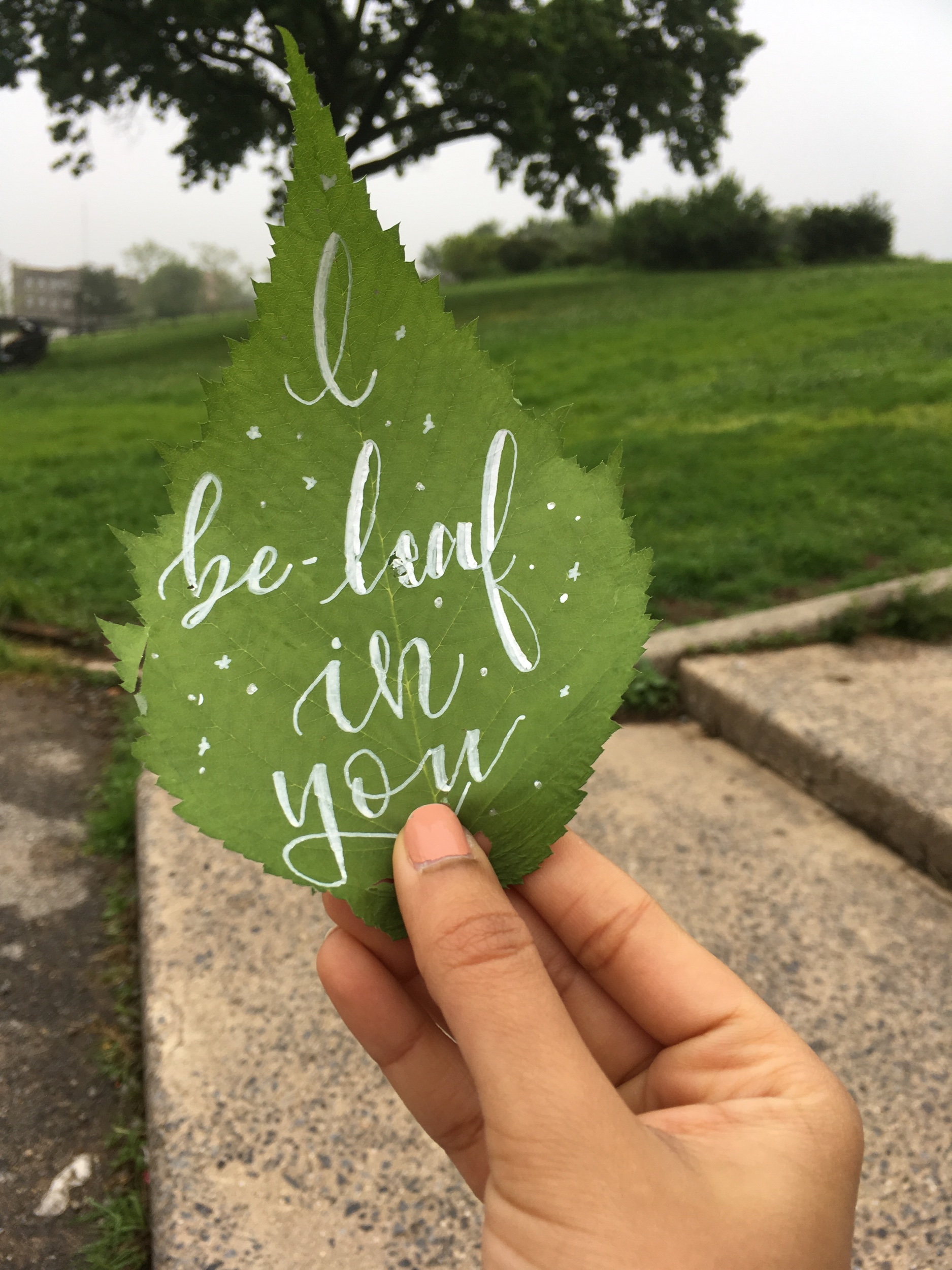 This leaf was written with the faux calligraphy technique using a marker.
