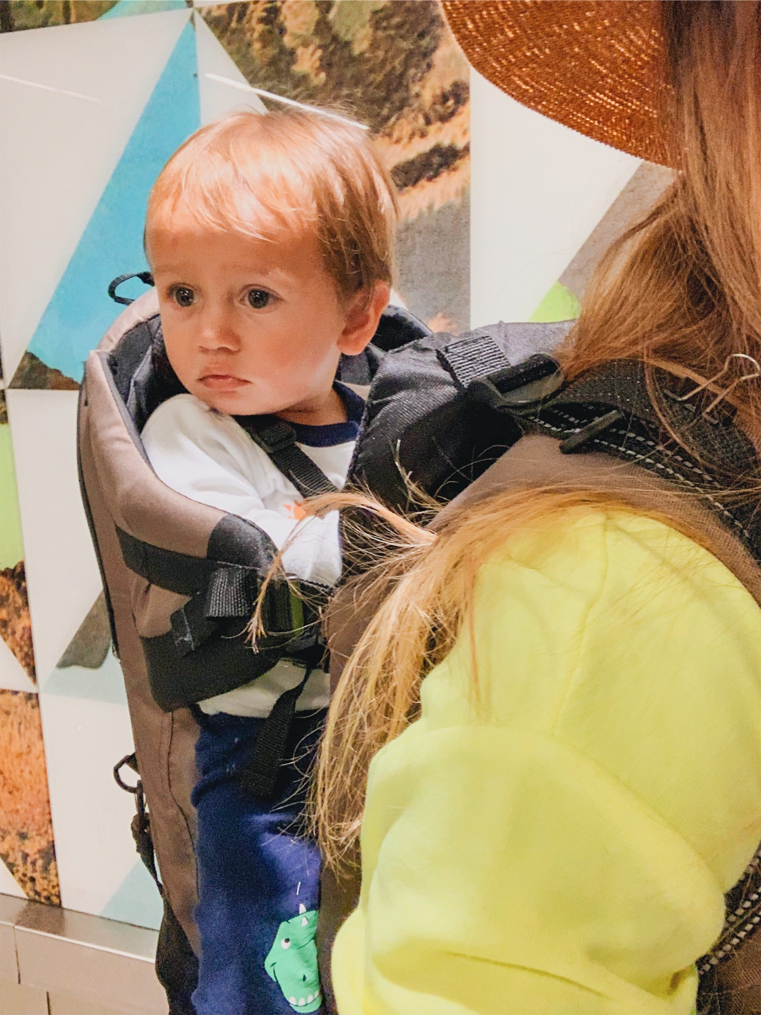 Hacks for traveling with a toddler & how to make it though an airport