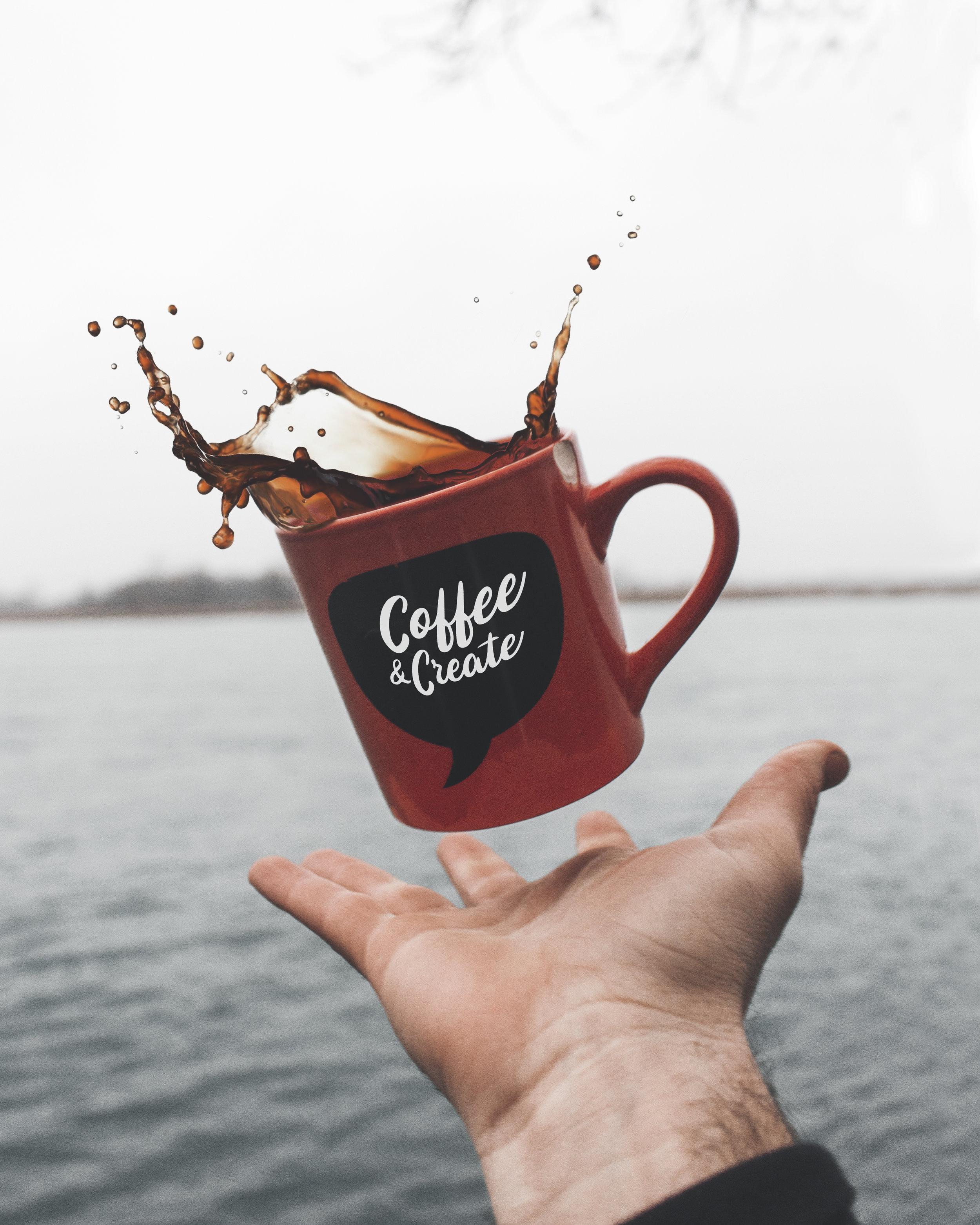 Provate a ridurre il vostro consumo di caffè! - Devete sapere che questa sostanza contribuisce alla disidratazione della pelle favorendo, quindi, la formazione delle rughe.
