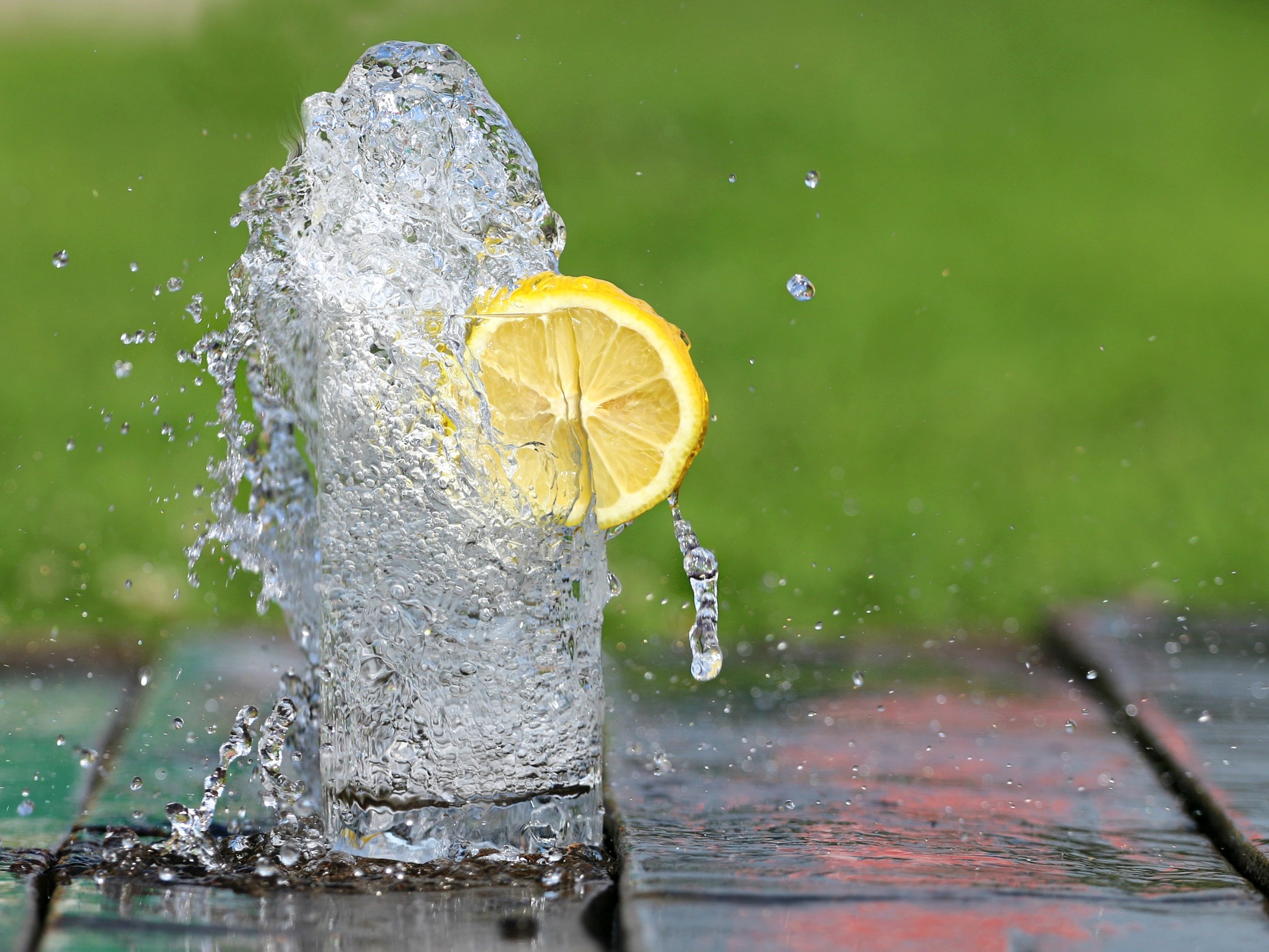 Se l'acqua all'interno dell'organismo viene meno, le cellule rallentano la propria attività e generano meno energia! -