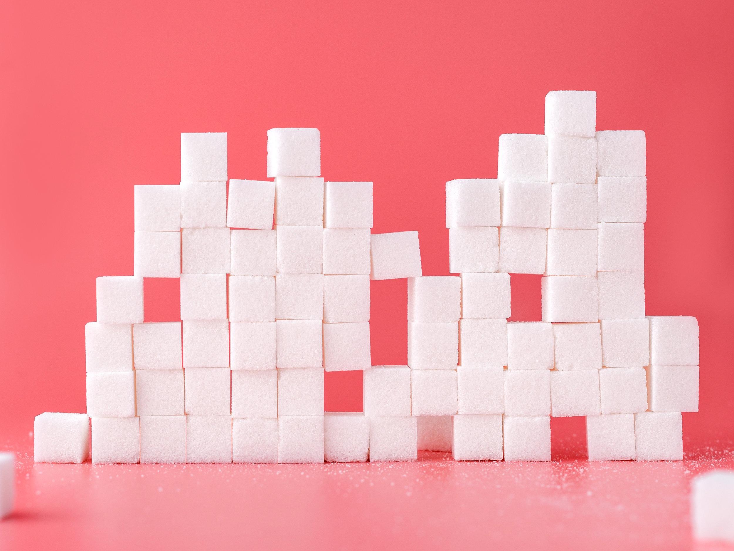 Esiste una stretta correlazione tra la formazione di adipe e lo zucchero -