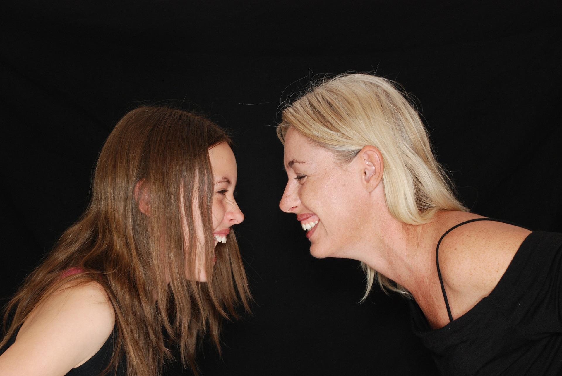 Allora perché qualcuno è più predisposto di altri? - Anche se il sole incide per l'80% sull'invecchiamento prematuro della pelle, è bene sapere che le rughe sono in buona parte un fattore genetico.