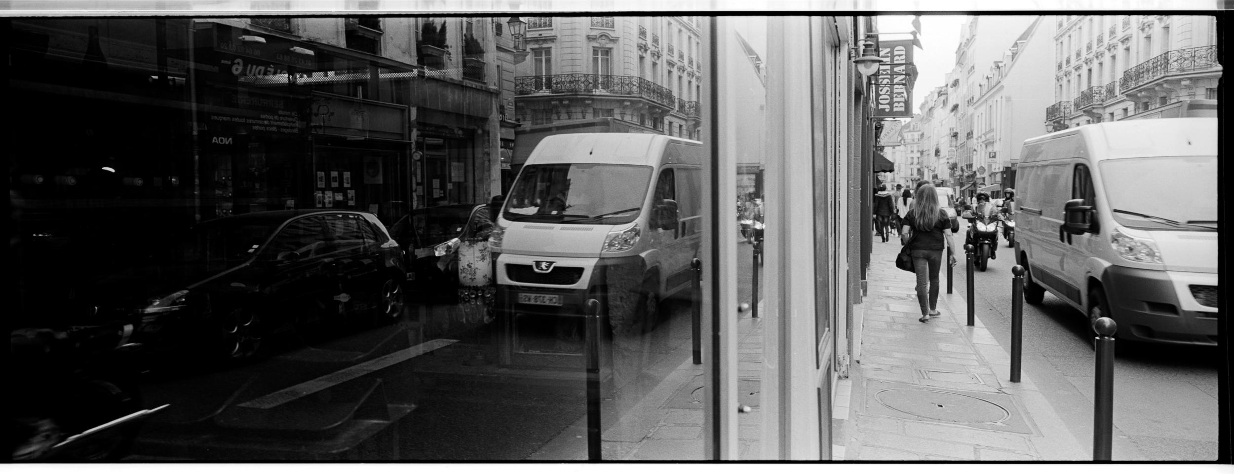 66-FranceXpanBW107.jpg