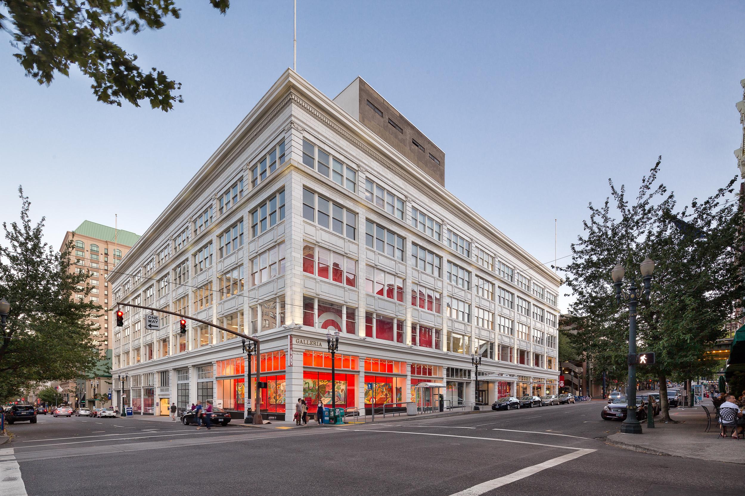 Galleria Building + Target / FFA Architecture + Interiors