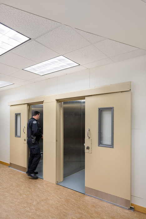 PDX-Police-JoshPartee-0521-holding.jpg