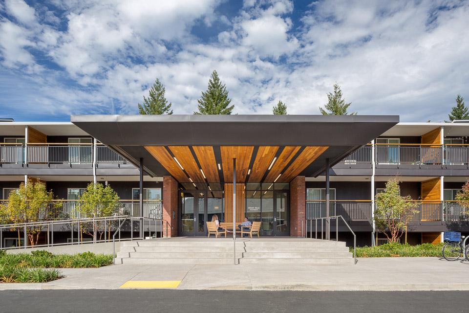 Cedar Hills Ivy Club / Hennebery Eddy Architects