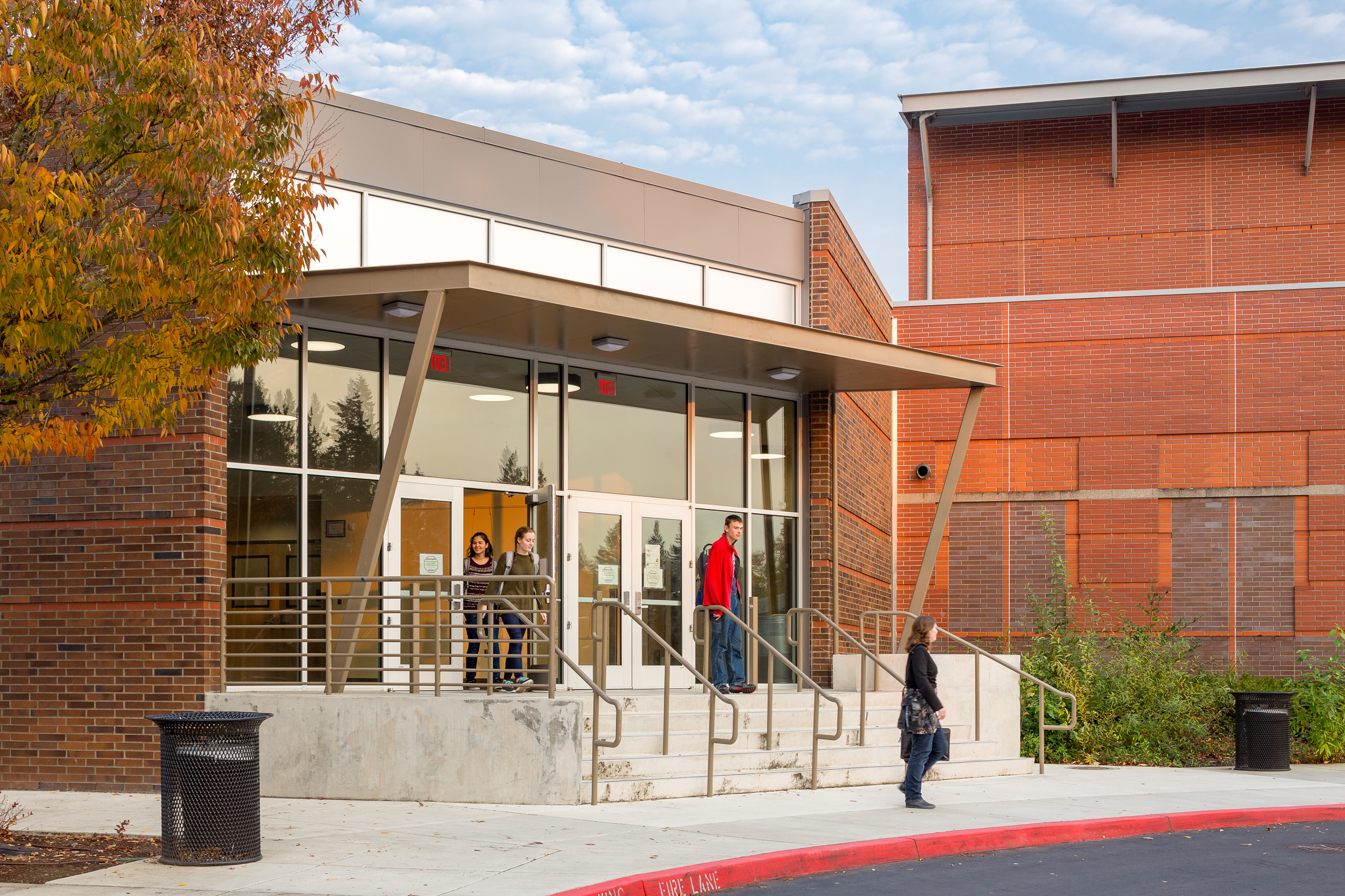 Wilsonville High School, Performing Arts / DOWA-IBI Group