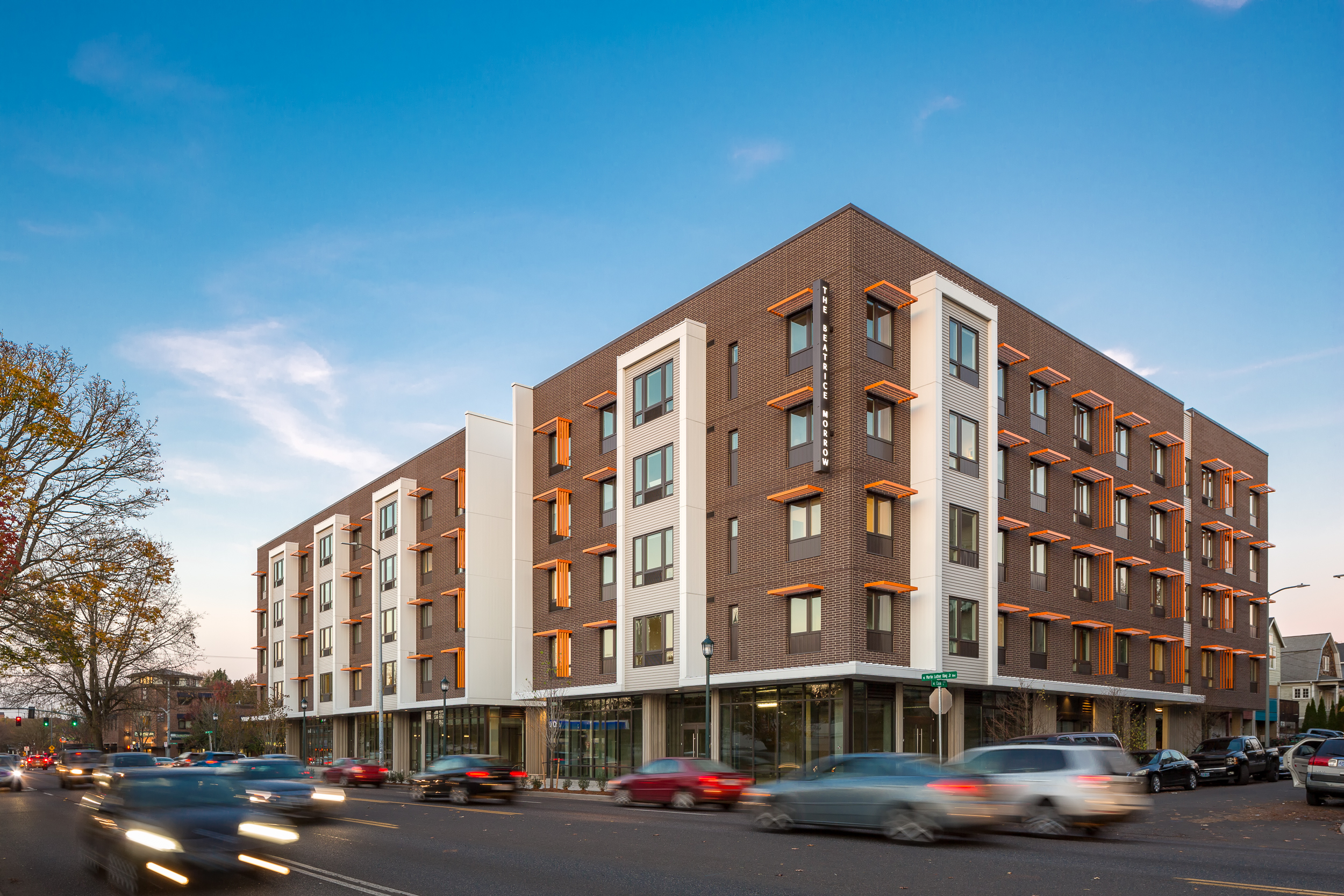 Beatrice Morrow / Carleton Hart Architecture