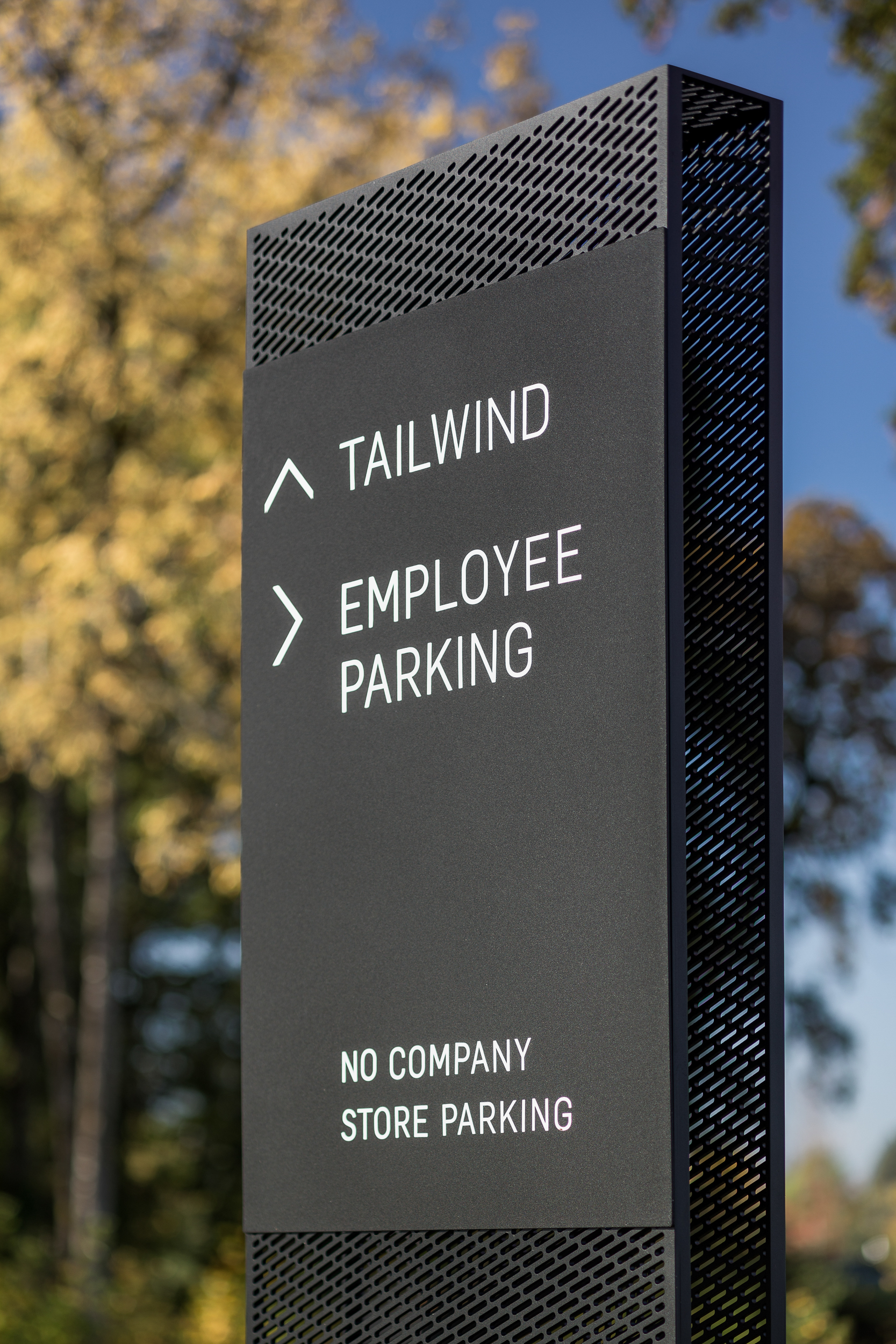16-Tailwind-signage-JoshPartee-9425rev.jpg
