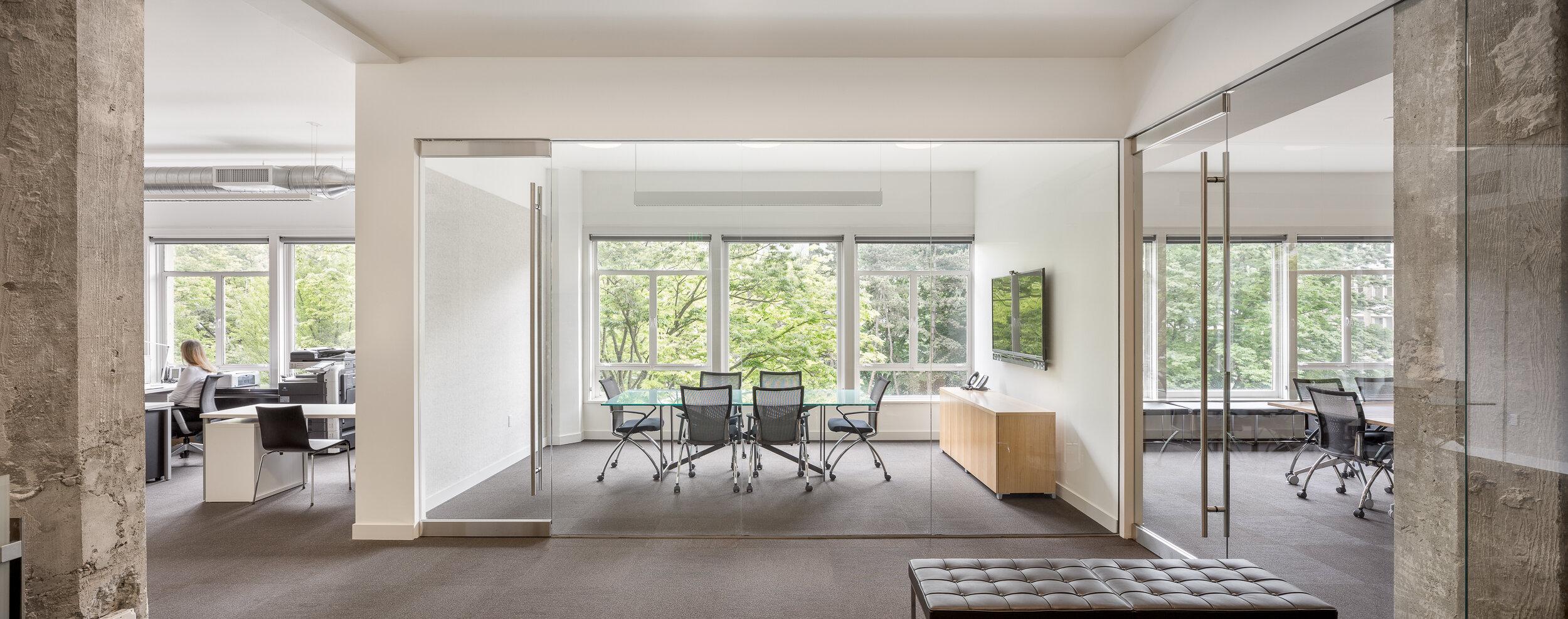 20-HEA-Office-JoshPartee-1318-entry-wide.jpg