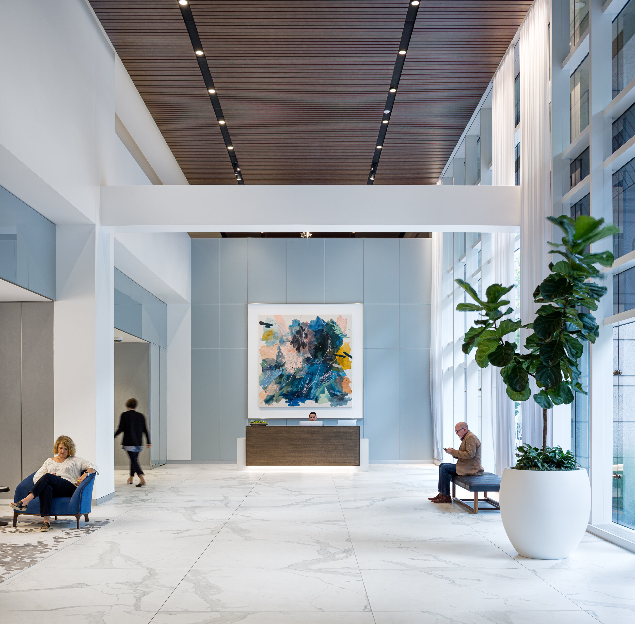 Pioneer Tower, lobby / ZGF Architects