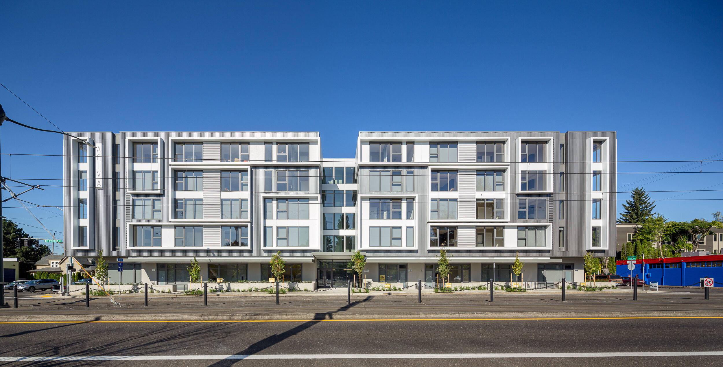 Aniva Apartments / Pence Construction